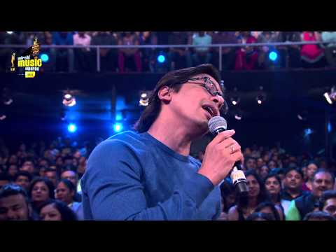 MMAwards 2015 l Shaan doing what he does the Best! | Radio Mirchi