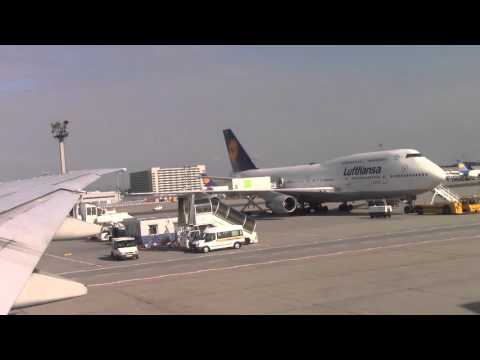 Lufthansa 747-400 parking at Frankfurt