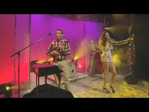 Eliza Doolittle - Skinny Genes [Live On GMTV]