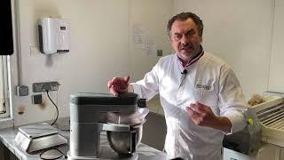 Vidéo - La bonne recette : la brioche des rois traditionnelle aux fruits confits par Philippe Segond