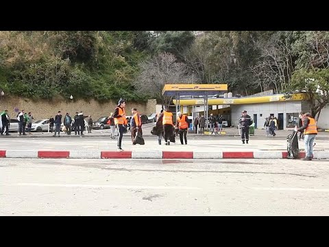 السترات البرتقالية مبادرة شباب تطوعوا لخدمة الحراك في الجزائر…  - نشر قبل 6 ساعة