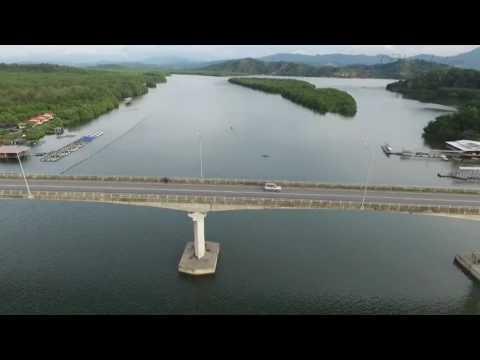 Sabah - aerial view bridge
