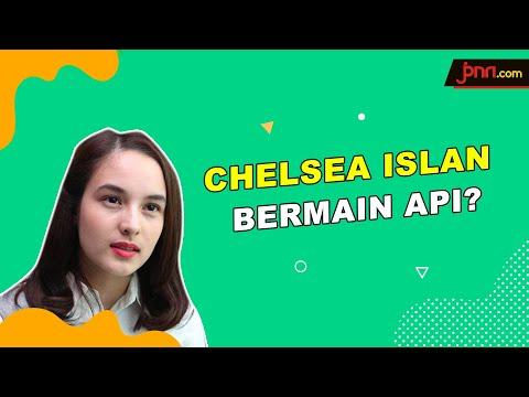 Sebelum Iblis Menjemput Ayat 2: Chelsea Islan Main Api Sungguhan