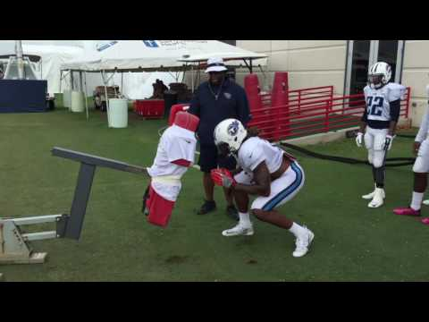 Titans RB Derrick Henry being coached on how to block in the NFL