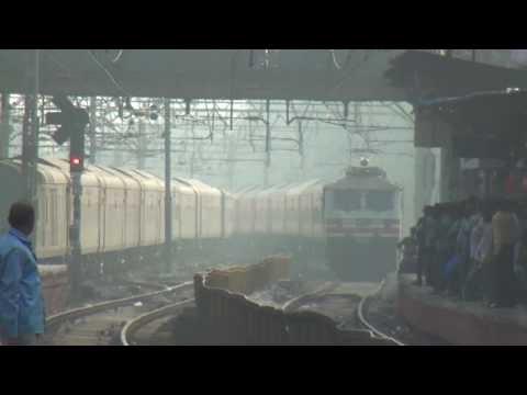 The Latest & Costliest Express Train In India - Mumbai Rajdhani Express Premium Special at Dadar