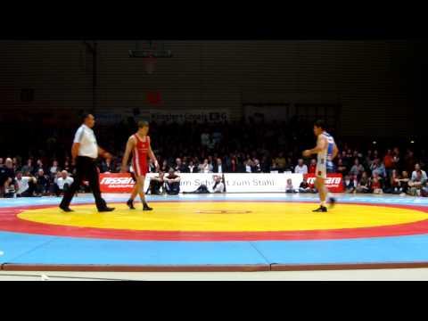 Freistil 66kg Julian Meyer -George Bucur 0:4 SS 0:7 0:4