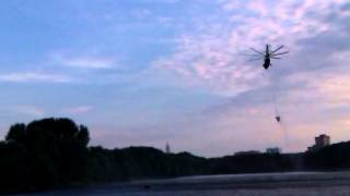 Пожарные вертолет(Это видео создано с помощью видеоредактора YouTube (http://www.youtube.com/editor), 2014-07-20T18:00:02.000Z)