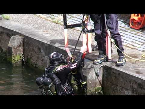 Norfolk Fire & Rescue Service - Underwater Search and Recovery Dive Team