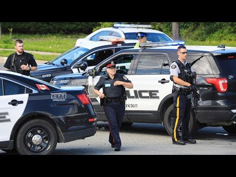 Fredericton police ID 2 officers killed in...