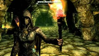 Skyrim - How to get all weapons, armour, ammo and clothing *PC ONLY*