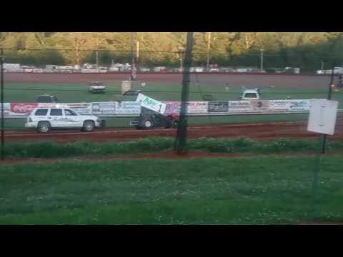 Racesaver Sprints Heat 3  Bloomington Speedway