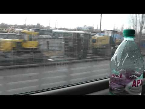 Поезд тронулся со станции Армавир - окресности жд на выезде с армавира..