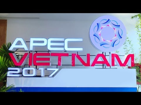 11/13/2017: APEC CEO Summit panel on sustainability
