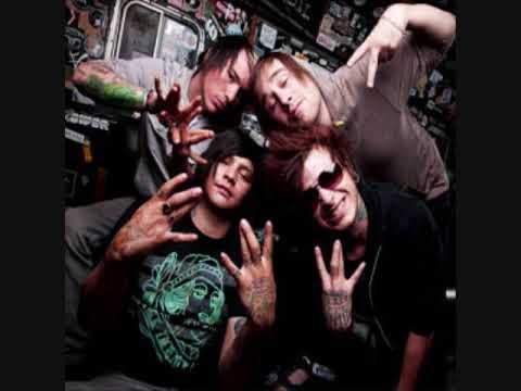 BAND TEE ! Lyrics-Brokencyde