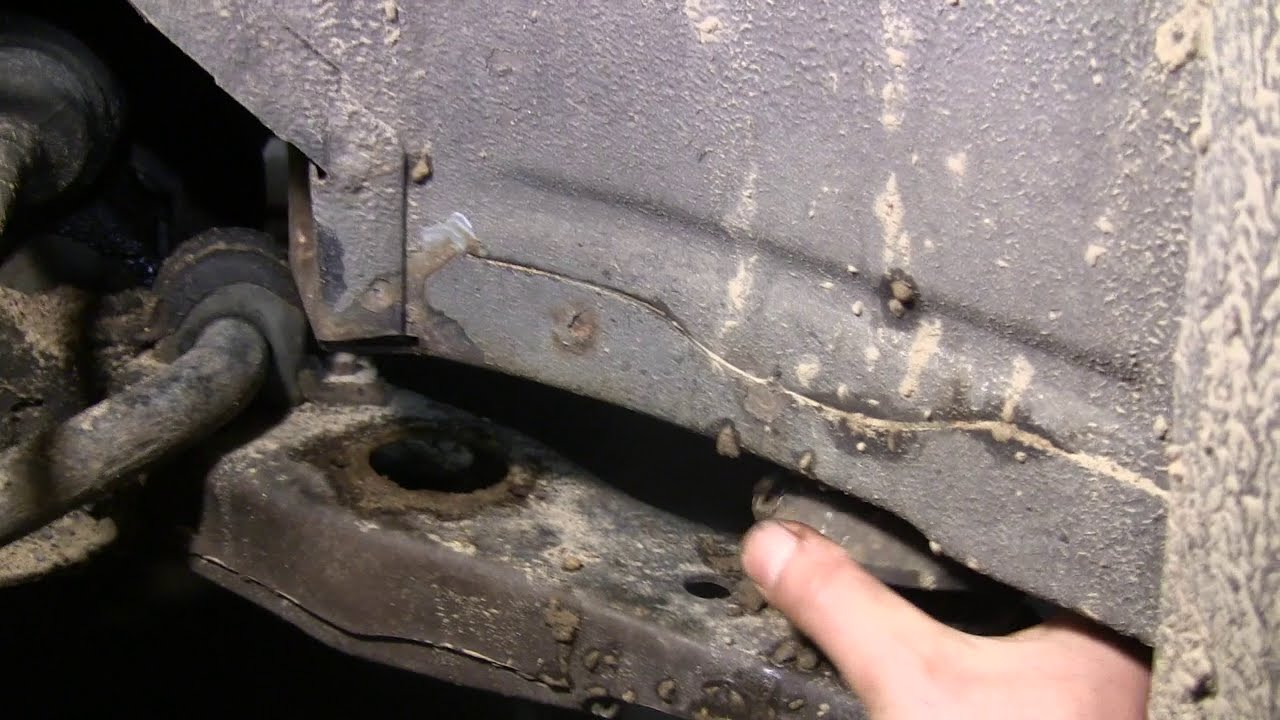 hight resolution of rusted out buick subframe bushings youtube 2000 buick park avenue subframe diagram