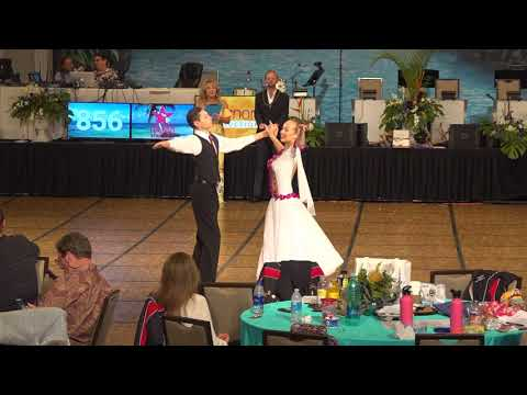 José Pablo & Brooklyn Divers perform the Waltz during the 2018 Hawaii Star Ball