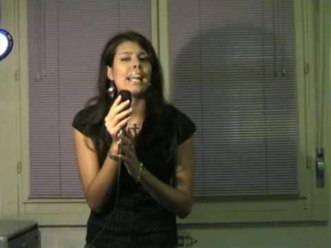 Me singing ascolta il tuo cuore by laura pausini youtube for Laura pausini ascolta il tuo cuore
