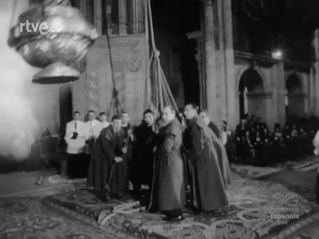 Ofrenda ao Apóstolo Santiago protagonizada por Francisco Franco (25/07/1965)