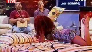 Repeat youtube video Pilar Ruiz sexy babydoll (Asi Somos 31/01/11)