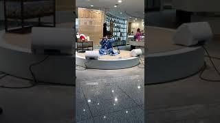 Kore İncheon Havalimanı'nda bir neyzen