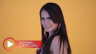 Gambar cover Velline Ratu Begal - Goyang Pantura (Official Music Video NAGASWARA) #music