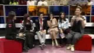 Irwansyah Salah Tingkah bertemu dengan Acha Septriasa - CumiCumi.com