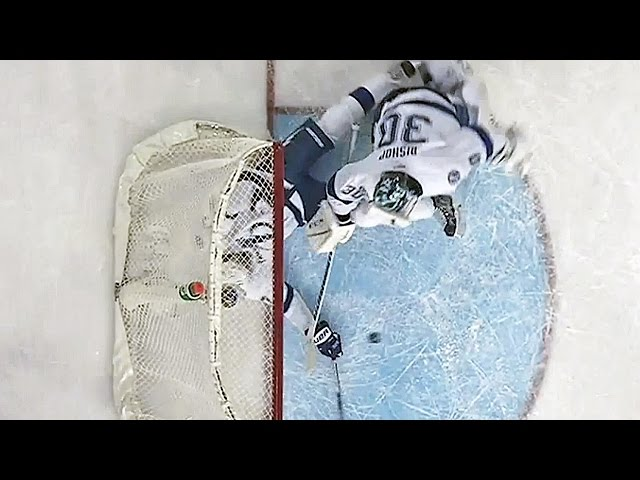 Hedman makes desperation save on the goal line