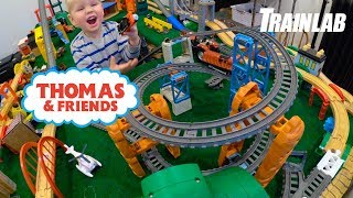 TrackMaster Thomas and Friends   Train Wheelies and Crashes!