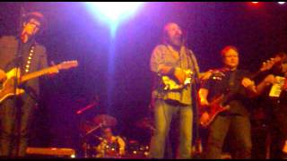 Steve Earle and the Dukes - Johnny Come Lately (live) - Olympia Theatre Dublin - 6th November 2011