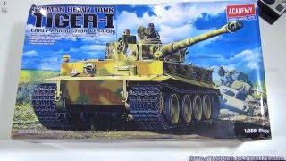 Хобби: распаковка модели танка - раннего Тигра I с внутренней детализацией - Academy 13239