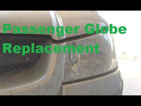 Holden Commodore VZ (VT VX VY ?) Change The Headlight Globe Passenger Side HD