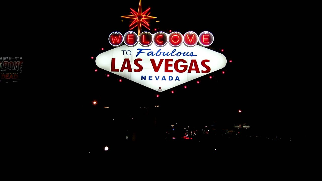 Stock footage welcome to fabulous las vegas sign with flashing lights - Stock Footage Welcome To Fabulous Las Vegas Sign With Flashing Lights 31