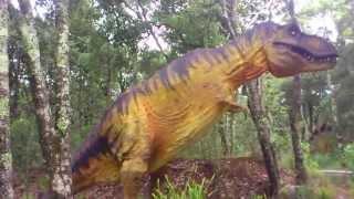 Paseo en bioparque estrella entre dinosaurios