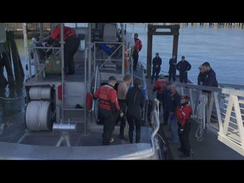 Two boaters rescued near Tillamook Bay