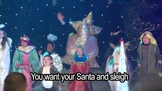 Nativity 2 Danger In The Manger - Born In The Hay Lyrics