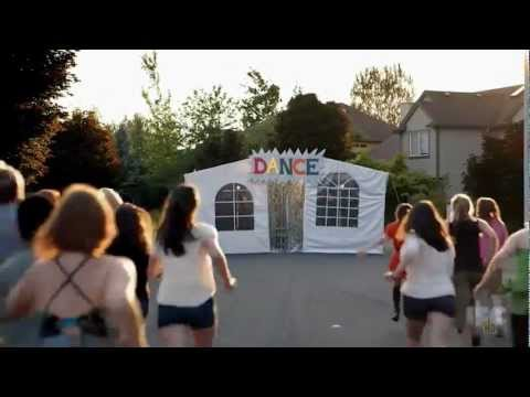 Portlandia - Dance Tent & Portlandia - Dance Tent - YouTube