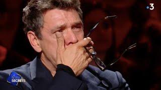 """Marc Lavoine ému aux larmes par Enrico Macias qui lui chante """"Les gens du Nord"""" - La boîte à secrets - the voice france 2021 auditions"""