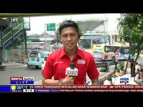Sejumlah Kendaraan Sudah Melintasi Jalan Jatibaru Raya Mp3