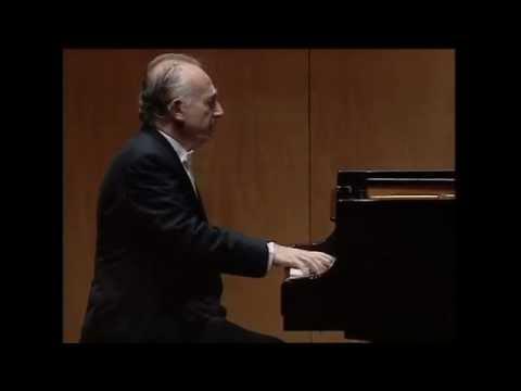 Pollini - Chopin - Prelude op.28 no.24 (Live 2002)