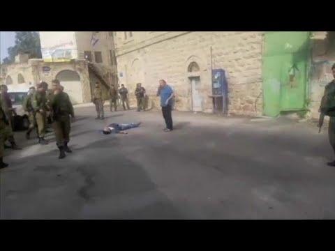 شاهد: الجيش الإسرائيلي يقتل بالرصاص  فلسطينيا حاول طعن جندي…  - نشر قبل 2 ساعة