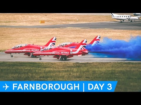 RED ARROWS, Harrier, F16, SO MANY JETS! | Farnborough Airshow Day 3