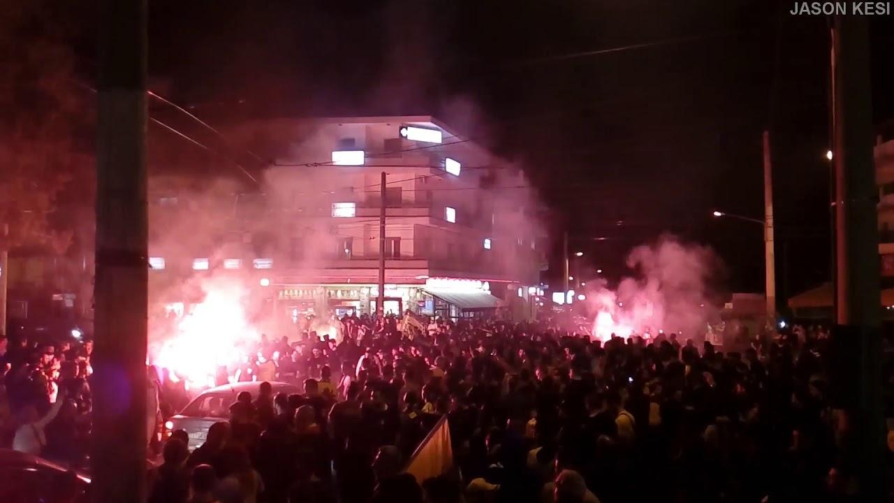 Πανηγυρισμοί στην Ν.Φιλαδελφεια για το πρωτάθλημα της ΑΕΚ - AEK s fans  celebrate champion 8beb7881006