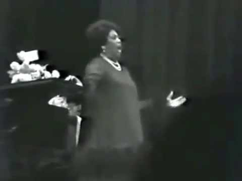 """Recital Encore,"" (Tosca, Rondine, Butterfly), Leontyne Price, Carnegie Hall  [1976]"