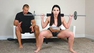 Wide Squats vs Close Stance Squats.