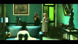 Video Hotel Paris no  filme Nuit de Chien download MP3, 3GP, MP4, WEBM, AVI, FLV Desember 2017