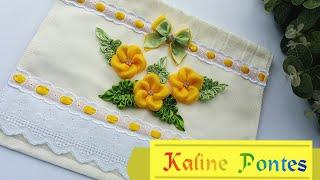 Florzinhas de cetim para aplicar em toalhas