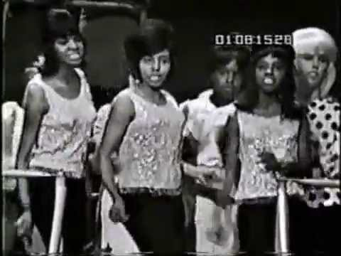 Dixie Cups - CHAPEL OF LOVE  ('Shivaree' 4-10-65)