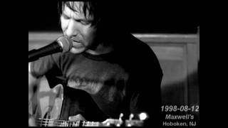 Elliott Smith - Oh Well, Okay | live @ Maxwell's aug.12.98 (16)