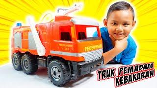 Unboxing Mainan Truck Pemadam Besar