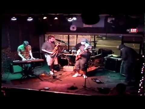 Radio for the Daydreamers- Live in Pittsburgh (Howler's Coyote, 2012)